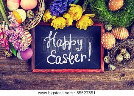 Chalk board with text - Happy Easter