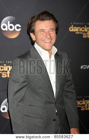 LOS ANGELES - MAR 16:  Robert Herjavec at the