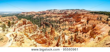 Panoramic View From Sunrise Point In Bryce Canyon