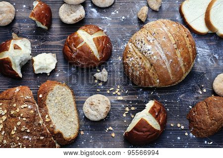 Bakery product assortment in a rustic style horizontal