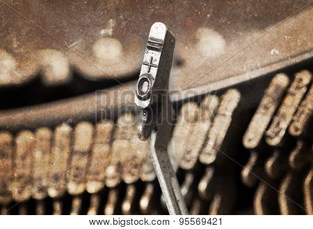 0 Hammer - Old Manual Typewriter - Warm Filter