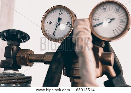 Regulator Of Pressure For Gas Welding