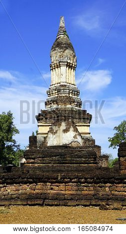Wat Chedi Seven Rows Temple Pagoda Approach