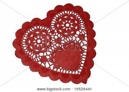 Papel rojo, corazón, tapetito del cordón, aislado en blanco