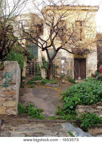 Plaka Ruins