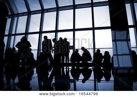 la silueta de un interior de edificio shanghai china.