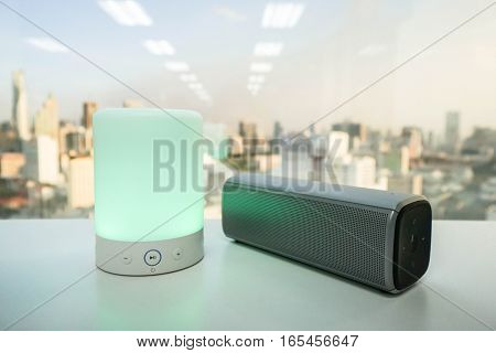 smart portable music speaker light with wireless bluetooth speaker on table