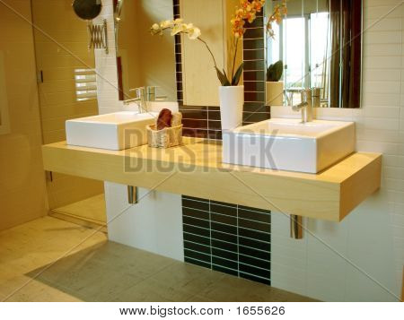 Luxury Ensuite Bathroom