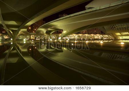 Ponte futurista
