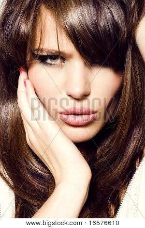 Retrato de la chica. Cara de mujer muy sensual