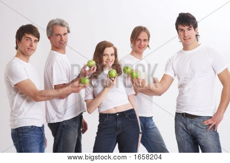 Presentating Green Apples