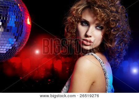 Dance Queen , Saturday Night Fever