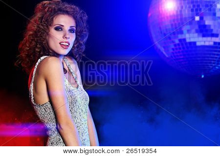 Dance Queen , Saturday Night Fever