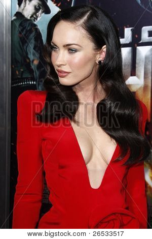 LOS ANGELES - JUNE 17: Megan Fox at the Premiere of 'Jonah Hex' held at the Arclight Theater on June 17, 2010 in Los Angeles, California
