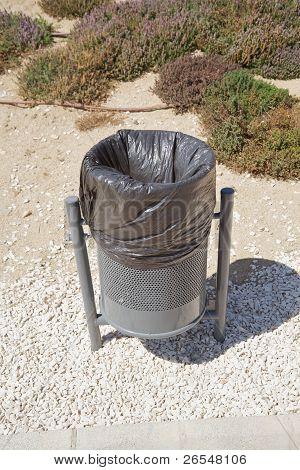Black Urban Wastebasket