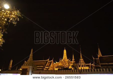 Phra Kaew Temple (thai Royal Temple)