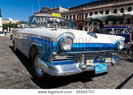 HAVANA - NOVEMBER 30: American classic car November 30, 2010 in Havana. Cubans, unable to buy newer models, keep thousands of them running despite the fact that parts have not been produced for decades