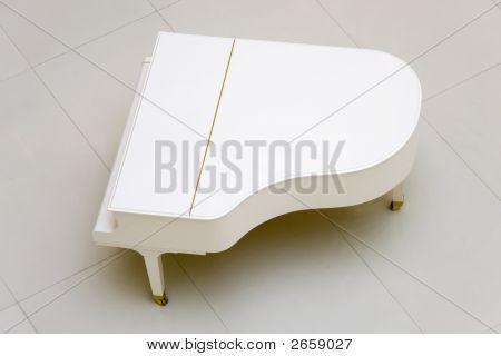Weiße Flügel