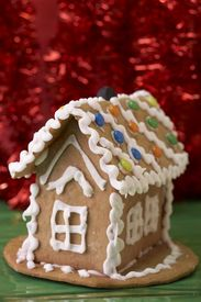 image of gingerbread house  - gingerbread house - JPG