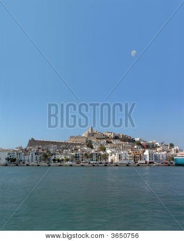 Ibiza - Marina de Eivissa, Dalt Vila & lua