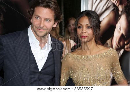 LOS ANGELES - SEP 4:  Bradley Cooper, Zoe Saldana arrives at