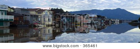 Life On The Water - Sausalito 1