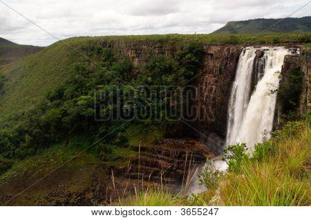 Salto Aponwao In Gran Sabana, Venezuela