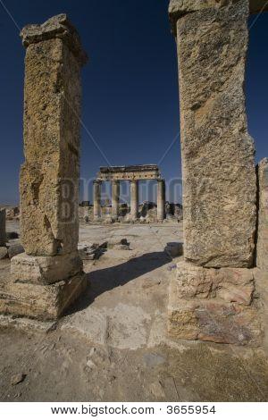 Hierapolis: Main Street Doric Columns