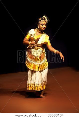 Mohiniyattam dance, India