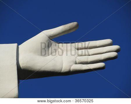 Mão de estátua