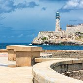 picture of malecon  - The castle of El Morro - JPG