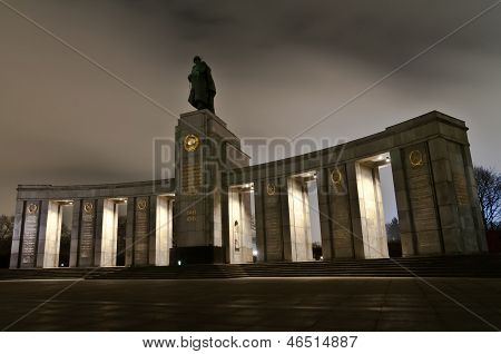 Soviet War Memorial In Berlin Tiergarten