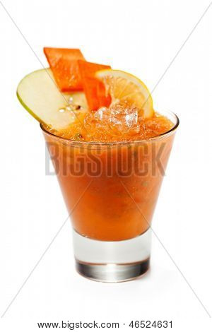 Smoothie with Carrot, Apple, Pear and Lemon
