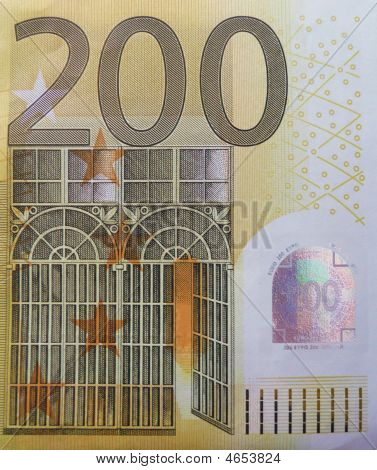 200 Euro Close-up
