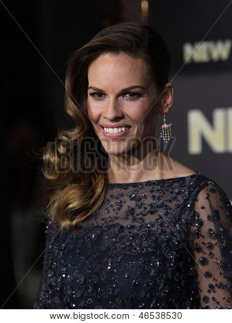 "LOS ANGELES - DEC 05:  HILARY SWANK arriving to ""New Year's Eve"" World Premiere  on December 5, 2011 in Hollywood, CA"
