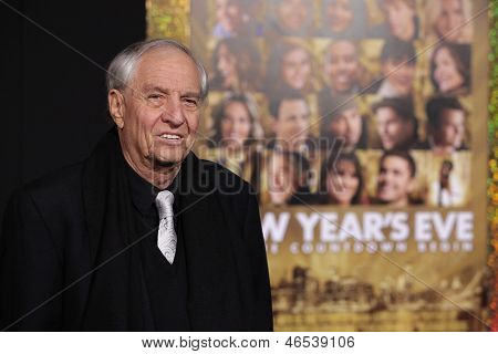 "LOS ANGELES - DEC 05:  GARRY MARSHALL arriving to ""New Year's Eve"" World Premiere  on December 5, 2011 in Hollywood, CA"