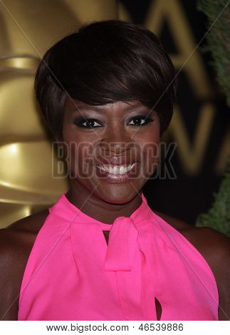 LOS ANGELES - FEB 6:  VIOLA DAVIS arrives to the 2012 Academy Awards Nominee Luncheon  on Feb 6, 2012 in Beverly Hills, CA