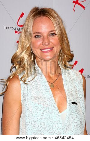 "LOS ANGELES - JUN 4:  Sharon Case arrives at SAG-AFTRA Panel Discussion With The Cast Of ""The Young And The Restless"" at the SAG-AFTRA Headquarters on June 4, 2013 in Los Angeles, CA"