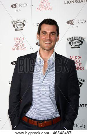 LOS ANGELES - JUN 5:  Sean Maher arrives at the