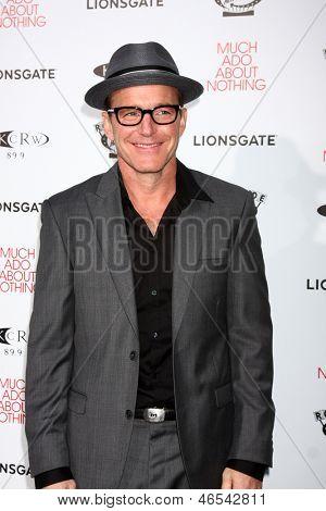 LOS ANGELES - JUN 5:  Clark Gregg arrives at the