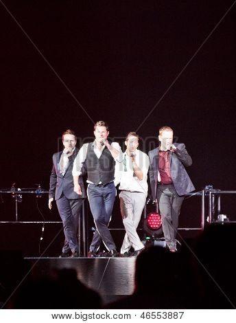98 Degrees Concert In Montreal