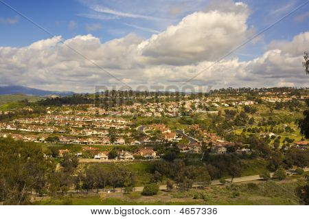 Tract Homes In San Clemente California