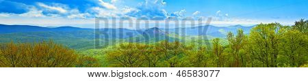 180 degree panorama of great smoky mountains, usa