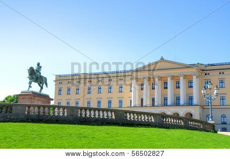 Panoramic view on the Royal Palace and gardens in Oslo, Norway