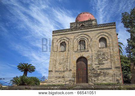 Chiesa Di San Cataldo In Palermo