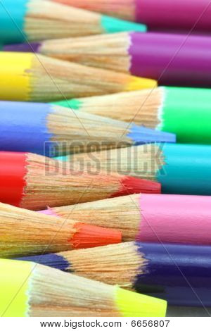 Pencil crayons, horizontal rainbow of colors