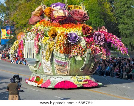 Bayer Advanced (tm) Rose Parade Float