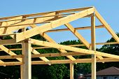 foto of purlin  - Construction of wooden trusses of thick boards - JPG