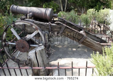 Spanish Colonial Cannon