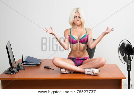 girl in lingerie on the office desk